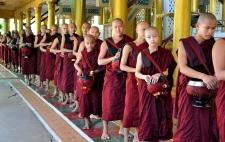 - Le monastère Kyaly Khat Wai