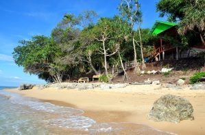 mata bambu beach